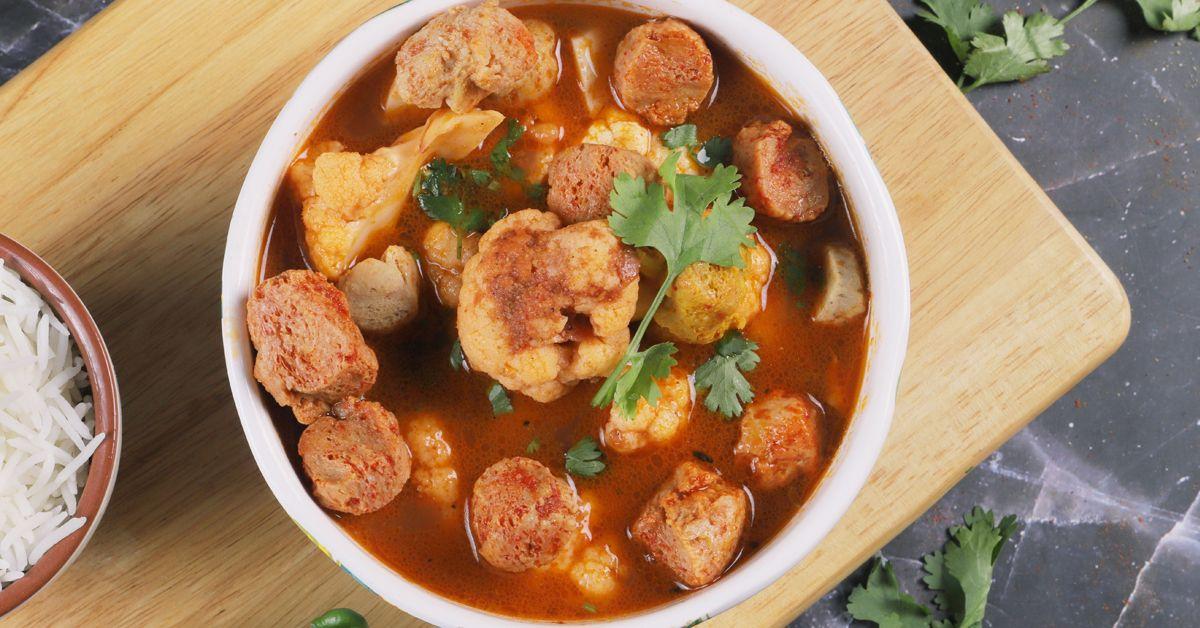 Soya Cauliflower Curry image