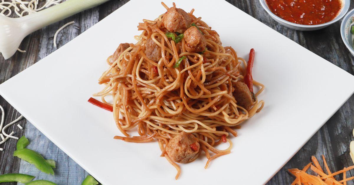 Soya Hakka Noodles image